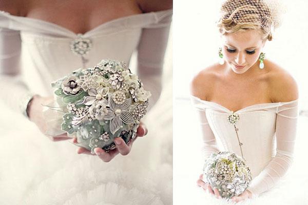 Hoa cưới đính trang sức sang trọng