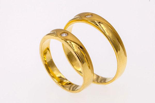 Nguồn gốc và ý nghĩa của nhẫn cưới