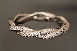 Bộ sưu tập nhẫn đính hôn hiện đại
