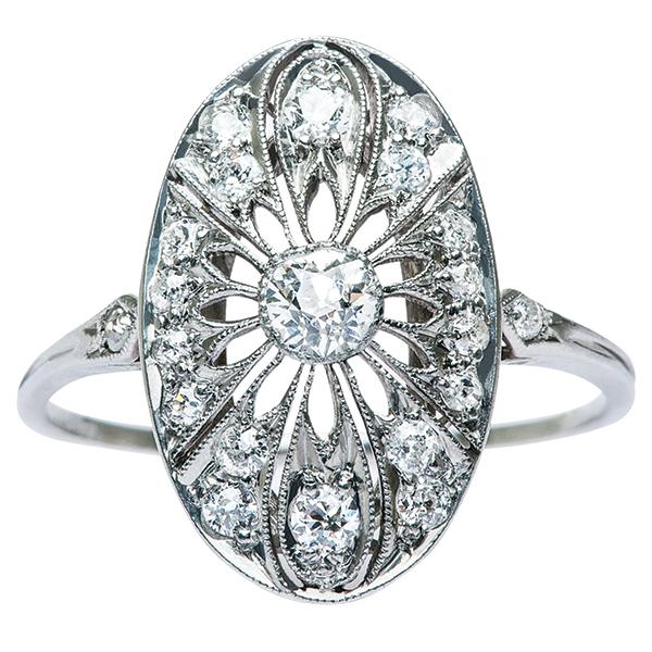 Chọn nhẫn đính hôn phong cách vintage để lấy lòng phái đẹp