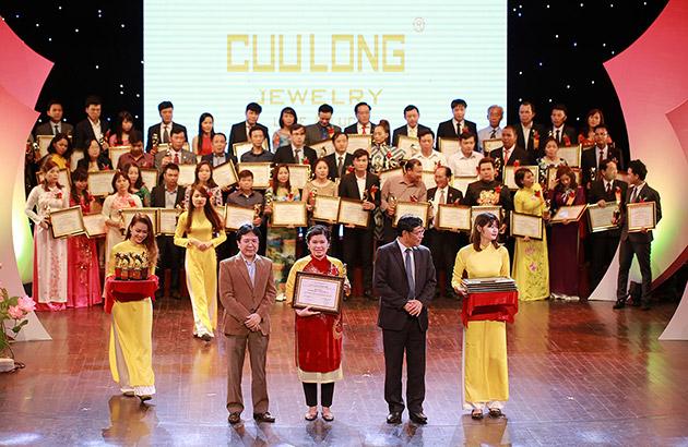 Cửu Long Jewelry nhận giải thưởng thương hiệu Vàng Việt Nam