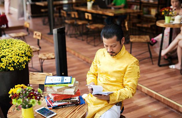 Hùng Cửu Long Doanh nhân đi đầu trong công cuộc xây dựng văn hóa đọc