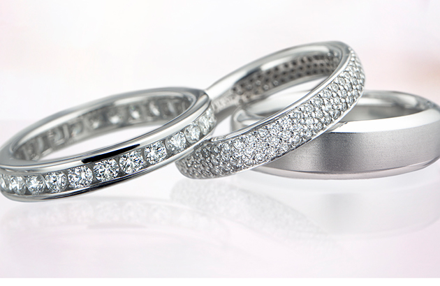 Nhẫn cưới bạch kim - Sự lựa chọn cho vợ chồng trẻ