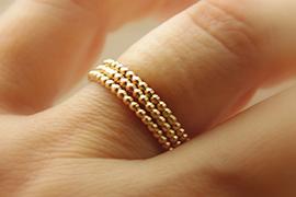 Những kiểu nhẫn cưới vàng