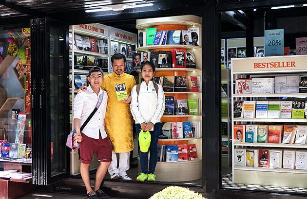 Hùng Cửu Long hình tượng thành đạt trong lòng bạn trẻ Việt