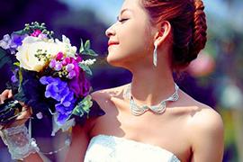 Nghệ thuật kết hợp trang sức cưới