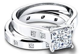 Nhẫn cưới vàng trắng 2014