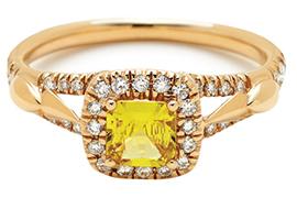 Nhẫn đính hôn bằng vàng tuyệt đẹp