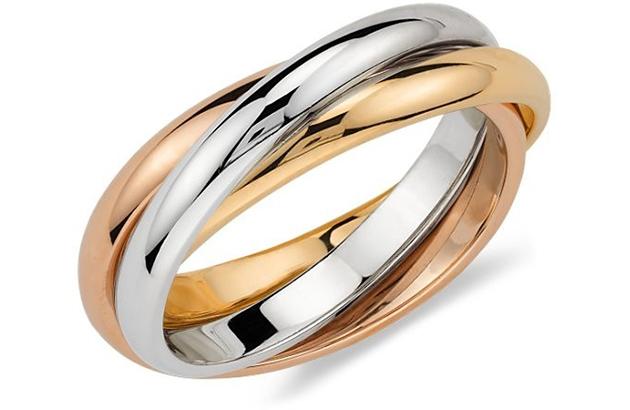 Những chiếc nhẫn hai màu trẻ trung