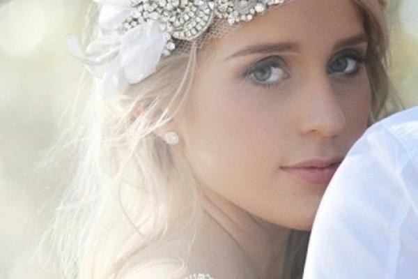 Tư vấn cách chọn khuyên tai cưới