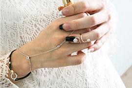Xu hướng đeo trang sức cho bàn tay