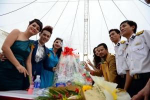 Ngày hội mùa xuân biển đảo 2013